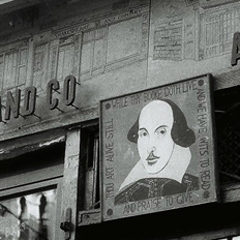 写真:Shakespeare & Company